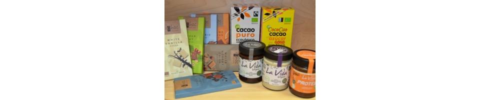 Chocolate, cacao, untables, bombones y otros dulces chocolateados.